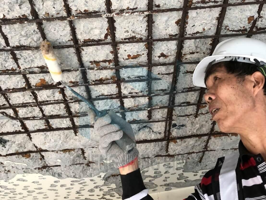 2. 鋼筋鏽轉換劑塗佈